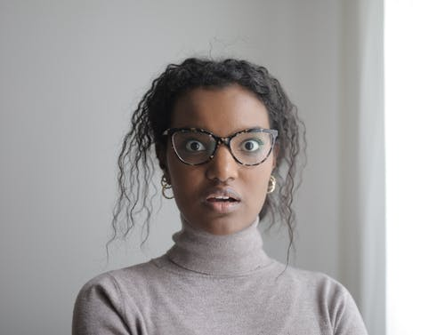Gratis lagerfoto af afroamerikansk, afslappet, alvorlige, begejstret