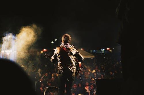 Foto d'estoc gratuïta de actuació, audiència, concert, espectacle