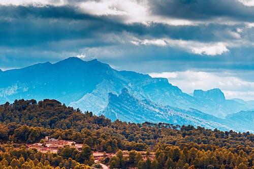 Darmowe zdjęcie z galerii z błękitne góry, chmura, europa, góra widokowa