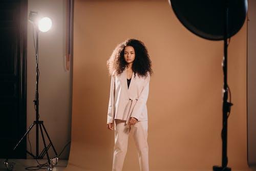 Ingyenes stockfotó afro haj, beltéri, divat témában