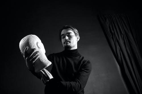Foto profissional grátis de busto, escultura, homem, P&B