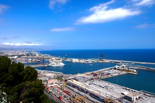 Photos gratuites de barcelone, ciel bleu, espagne, horizon