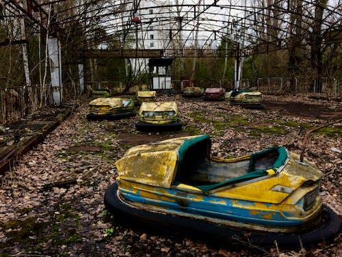 Photos gratuites de abandonné, catastrophe, fantôme, voiture