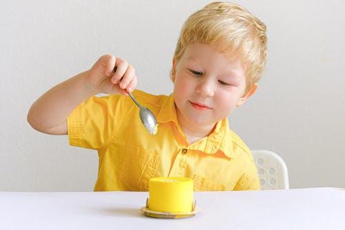 Kostenloses Stock Foto zu blond, dessert, essen