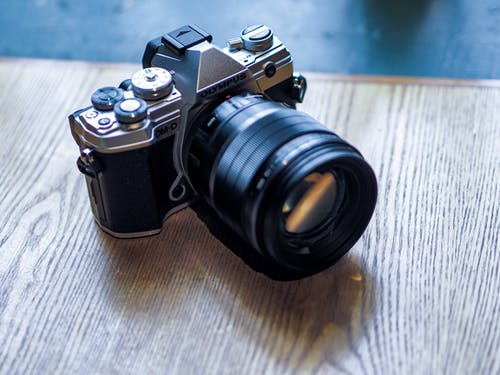 Δωρεάν στοκ φωτογραφιών με Αναλογικός, ηλεκτρονικά είδη, κάμερα, κλασικός