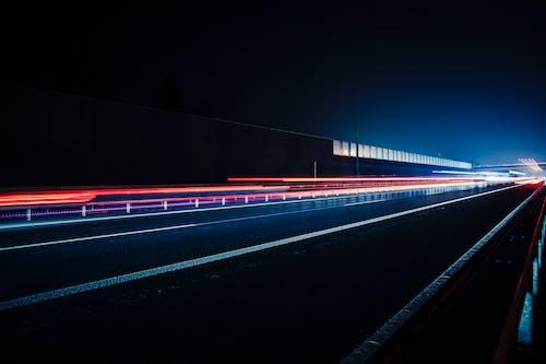 Бесплатное стоковое фото с автомагистраль, быстрый, вечер, длинная экспозиция