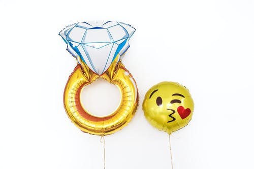 Ring And Smiley Balloons