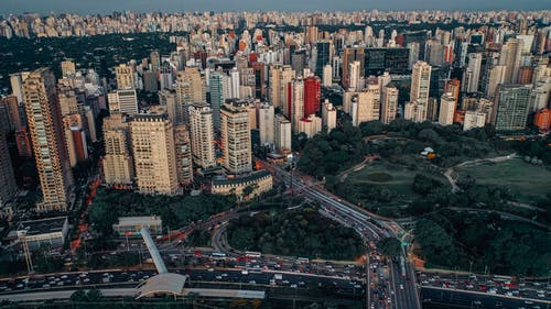 Gratis stockfoto met antenne, architectuur, binnenstad, bird's eye view
