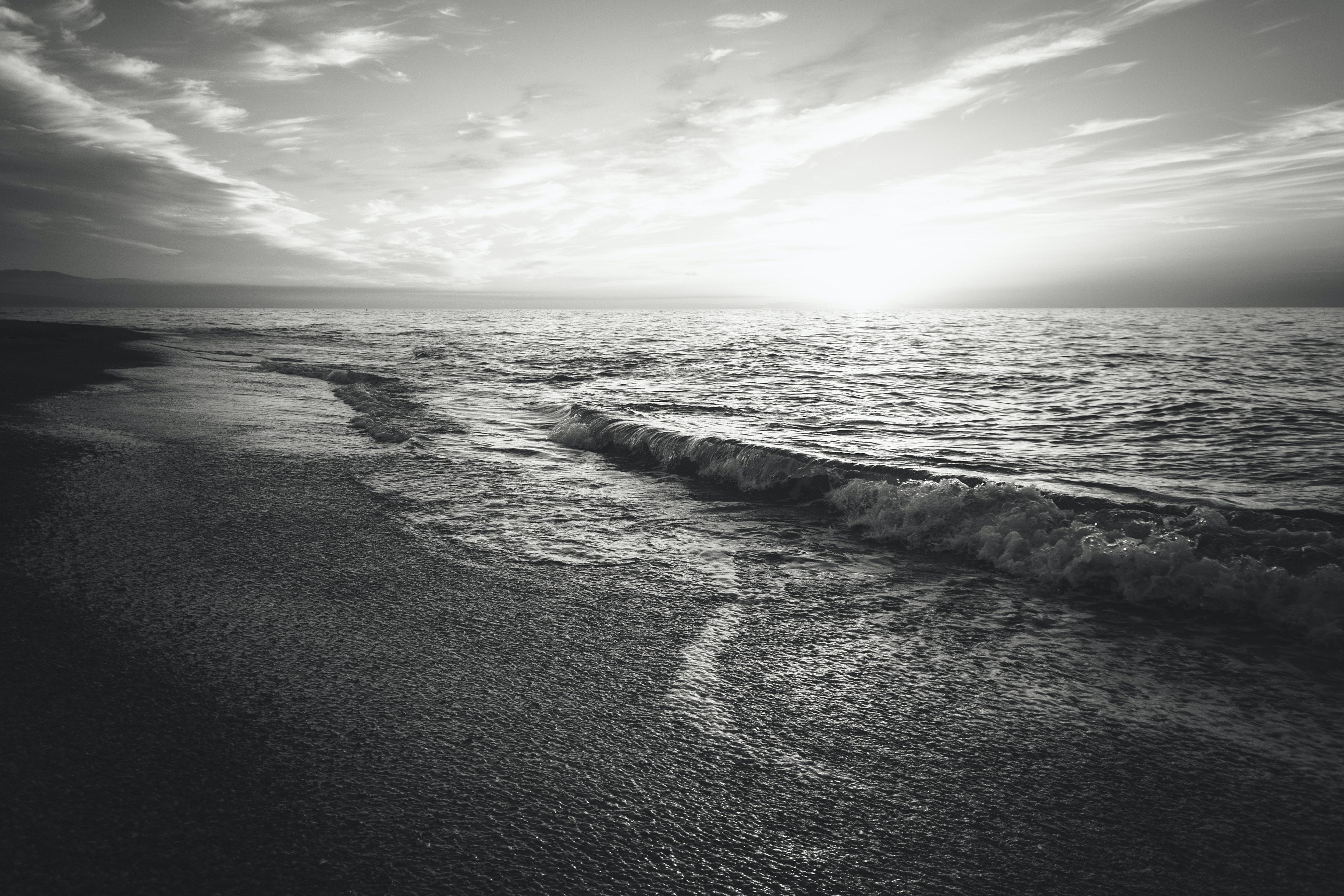 Photos beach and white black