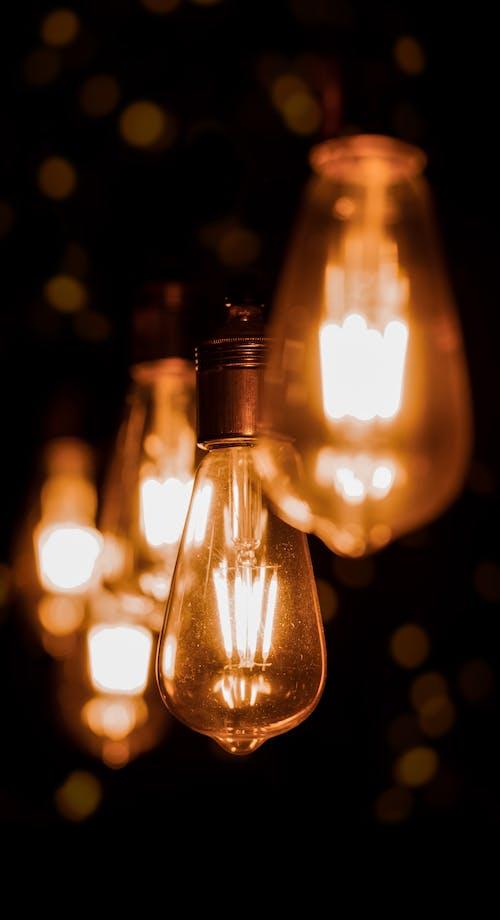 Kostenloses Stock Foto zu beleuchtet, dunkel, elektrizität, energie