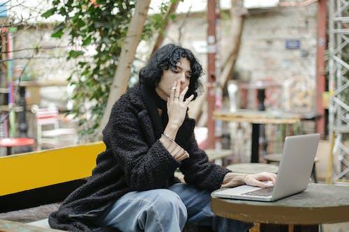 bağ, bağlantı, Çalışmak, dizüstü bilgisayar içeren Ücretsiz stok fotoğraf