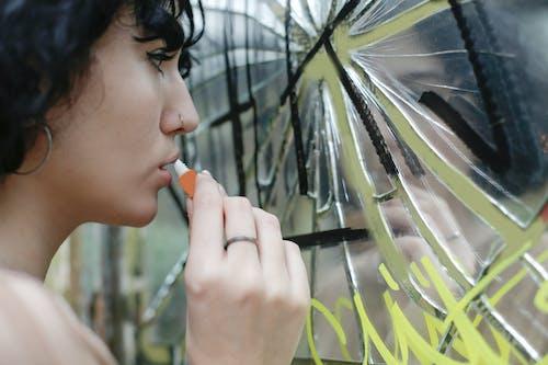 Ilmainen kuvapankkikuva tunnisteilla henkilö, huulet, huulikiilto