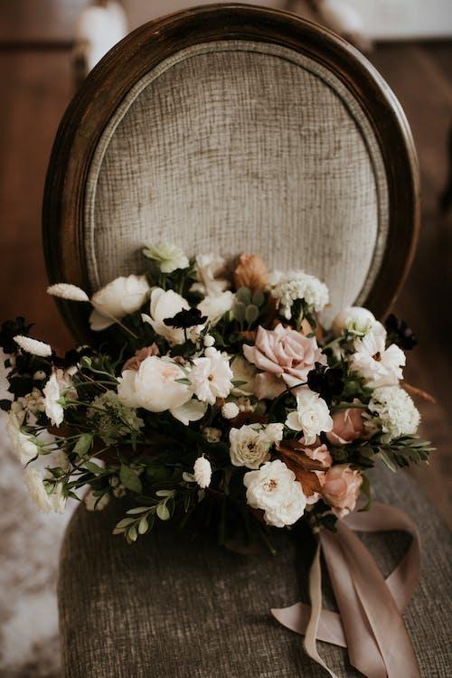 Бесплатное стоковое фото с букет, букет цветов, лепестки, розы