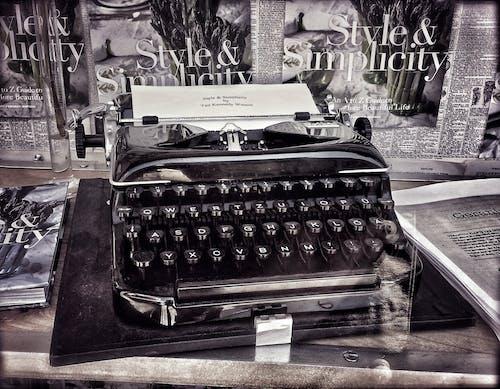 展示窗, 復古打字機, 打字機 的 免費圖庫相片