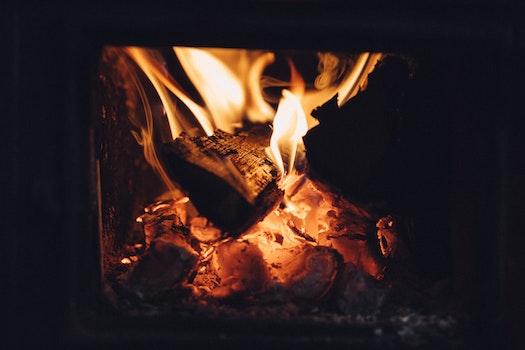 Kostenloses Stock Foto zu licht, dunkel, feuer, heiß