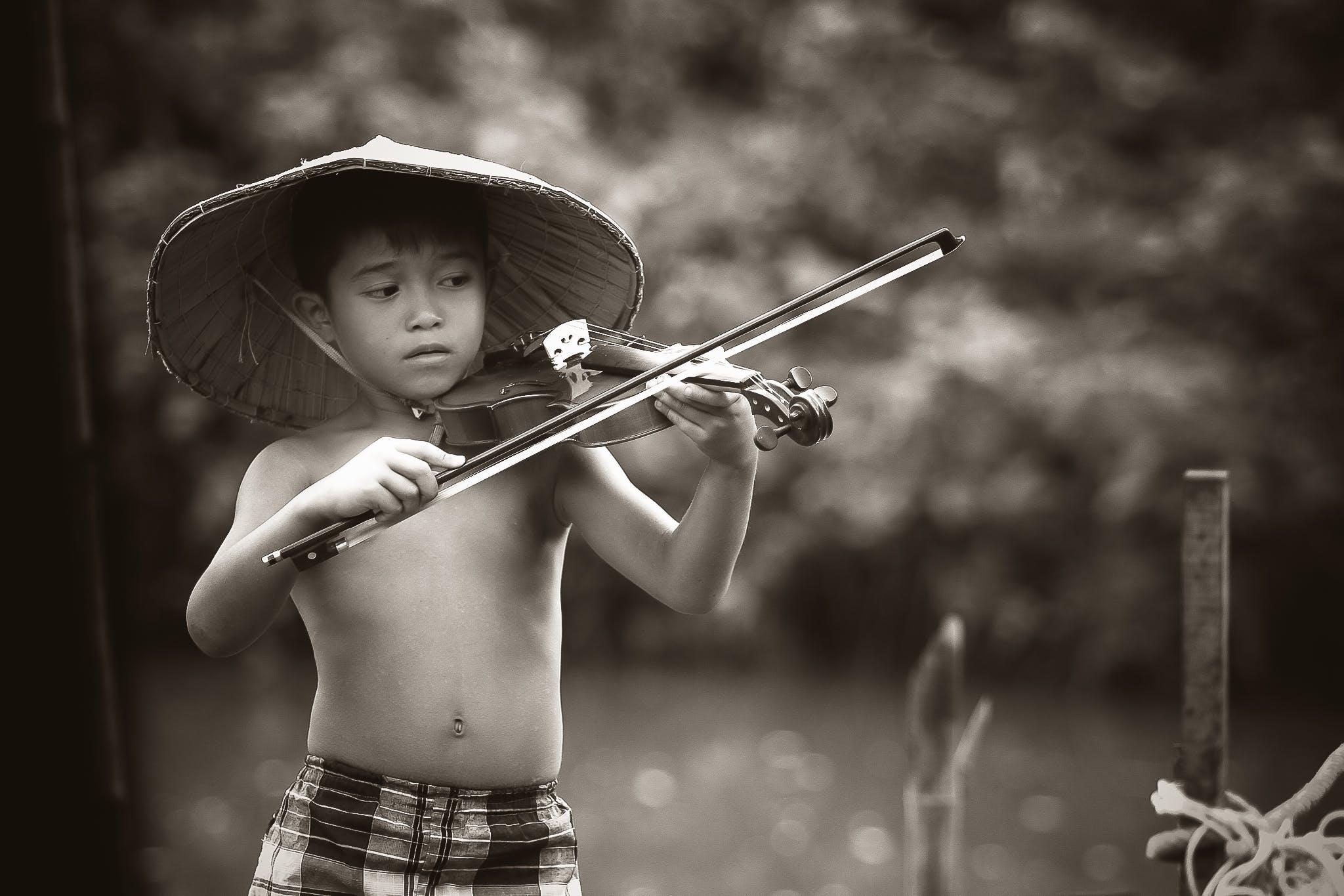 Základová fotografie zdarma na téma černobílý, chlapec, dítě, domorodý