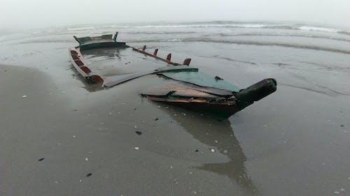 Free stock photo of barca a remi, naufragio