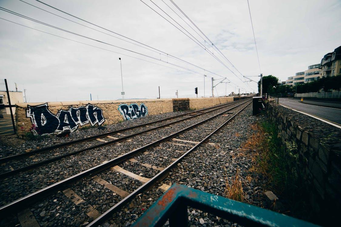 jernbane, rækværk, tog