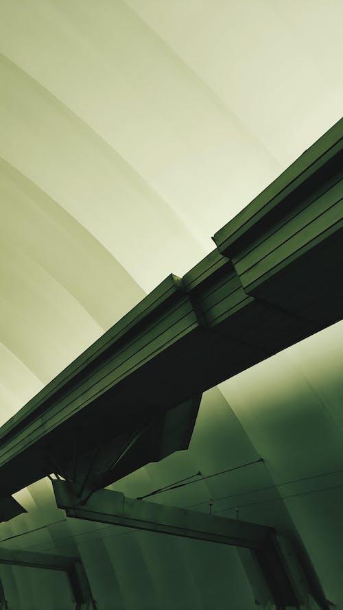 Gratis stockfoto met architectuur, bedrijf, binnen, brug