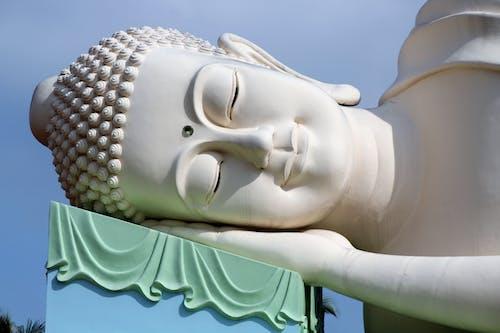 Huge statue of sleeping Buddha