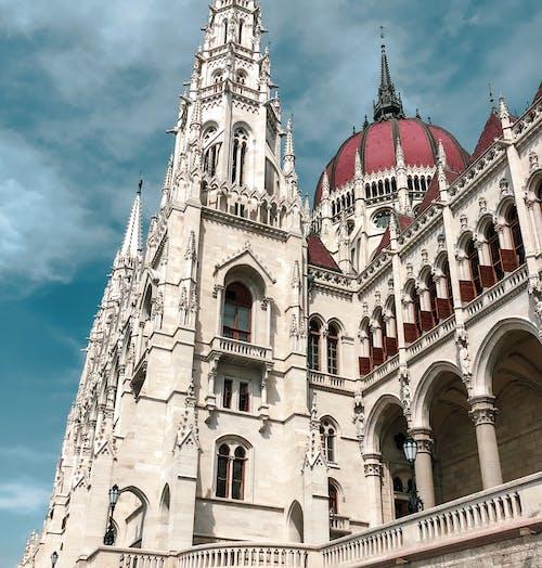 Δωρεάν στοκ φωτογραφιών με αψίδα, Βουδαπέστη, δημαρχείο, διάσημος
