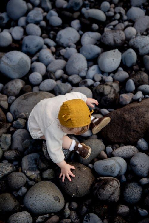 Δωρεάν στοκ φωτογραφιών με αθωότητα, αλέθω, αξιολάτρευτος, βράχια