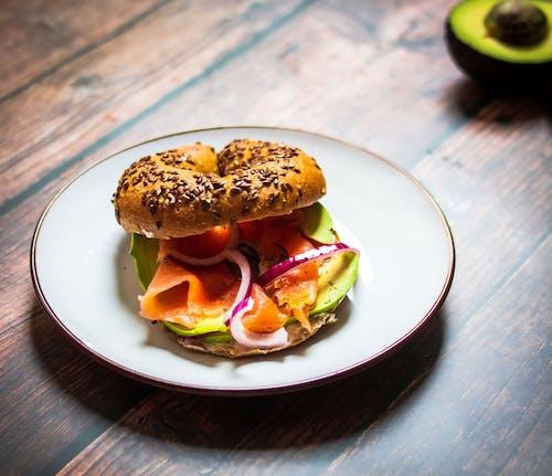 Gratis stockfoto met avocado, avocado toast, avocado's, avondeten
