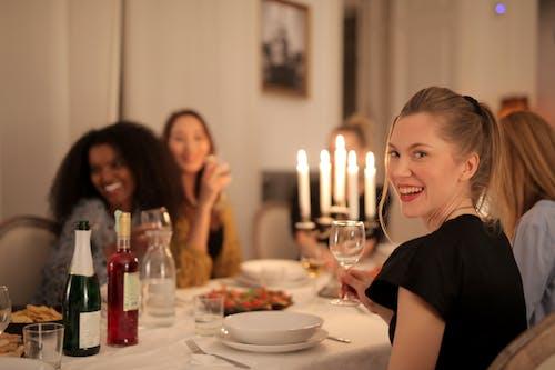 다양성, 미소 짓는, 방의 무료 스톡 사진