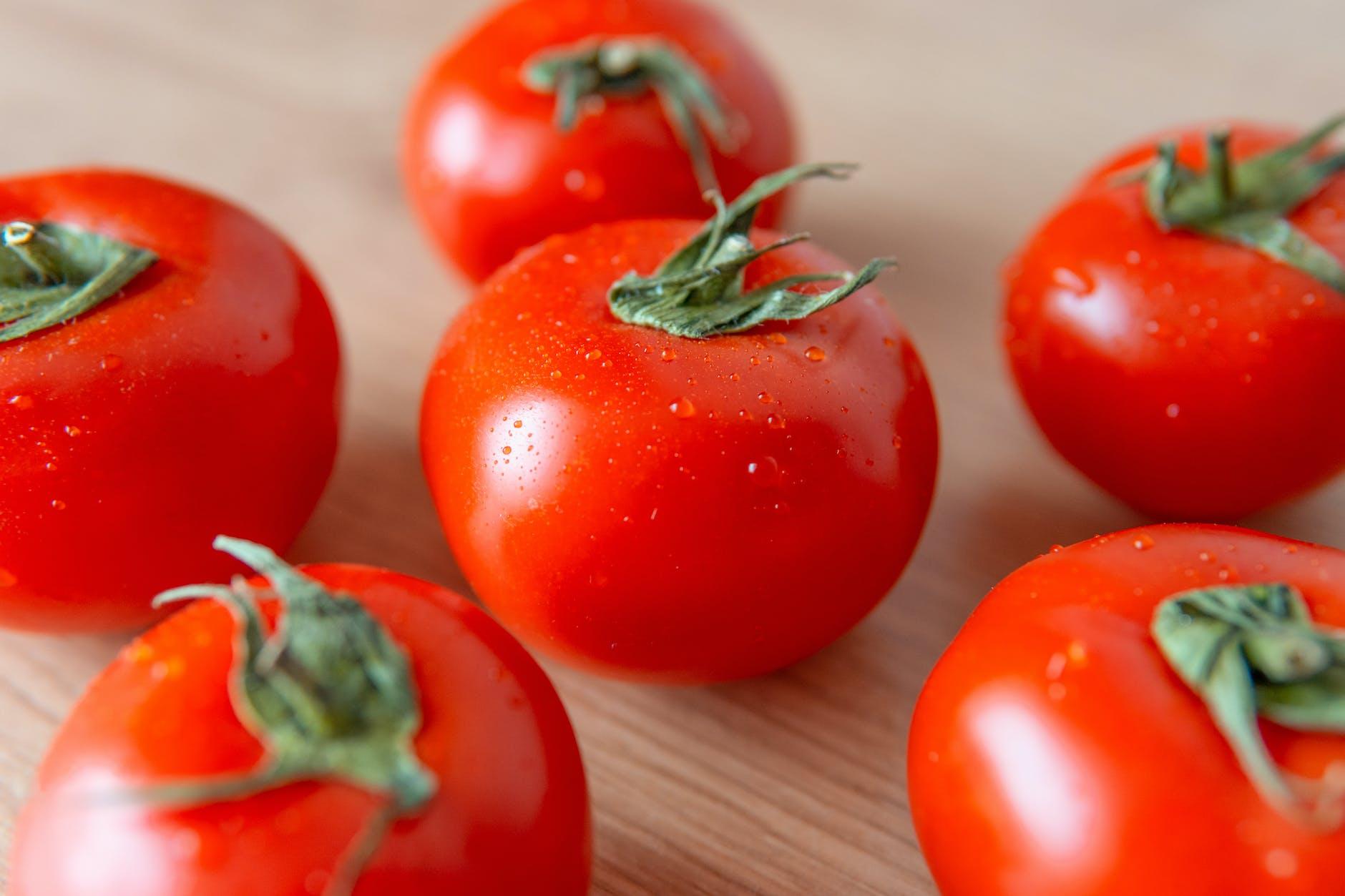 makanan penambah imunitas anak tomat