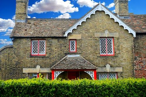 Immagine gratuita di cielo, design architettonico, esterno di casa, facciata