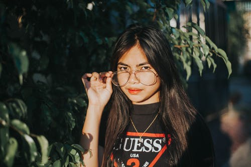 Fotobanka sbezplatnými fotkami na tému dievča, dievčatko, dioptrické okuliare, dospievajúci