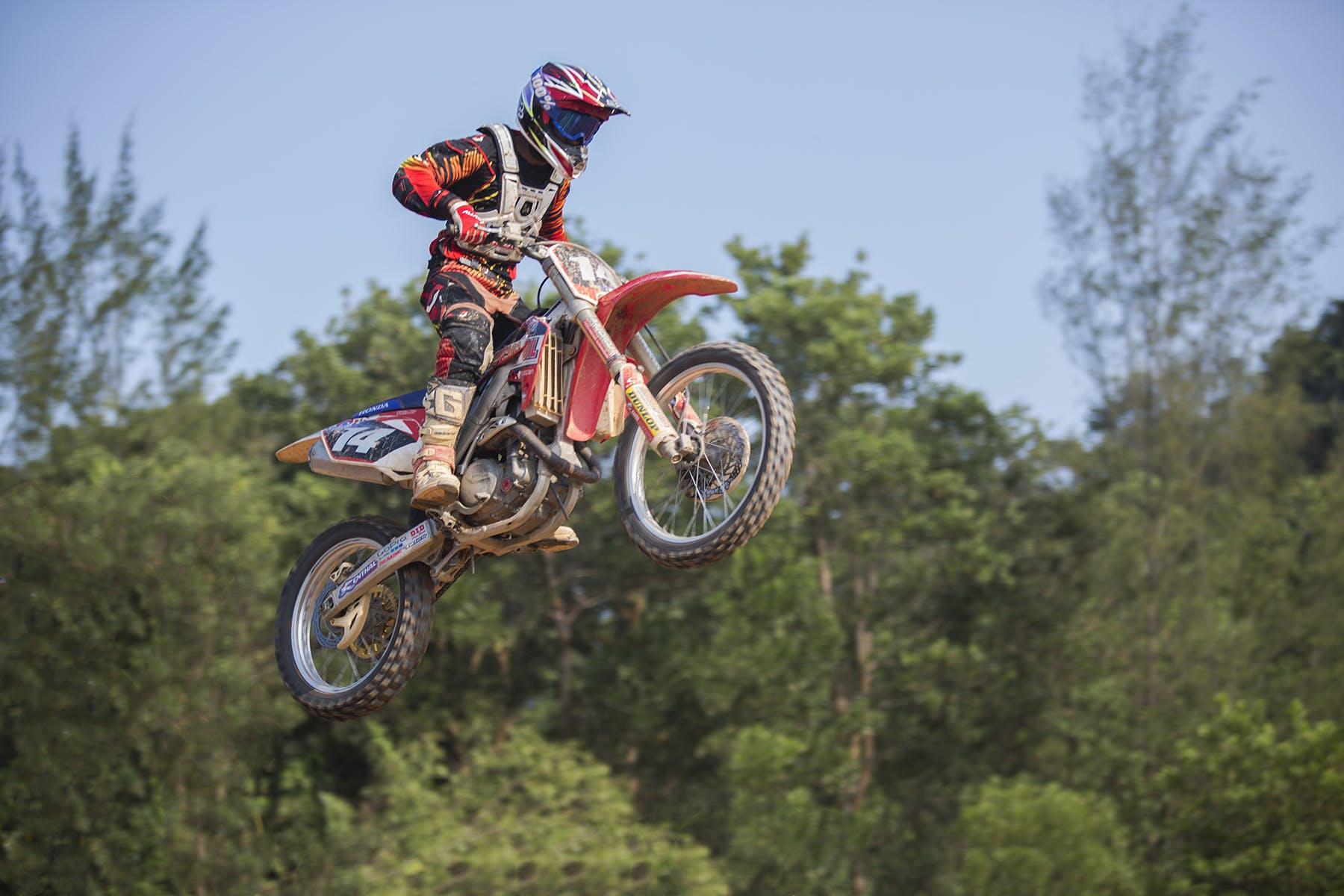 人, 冒險, 天空, 摩托車 的 免費圖庫相片