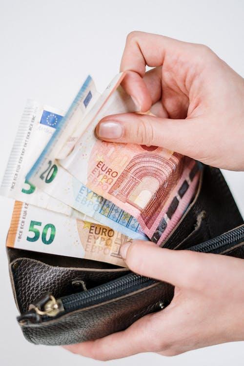 10 and 10 Euro Banknotes