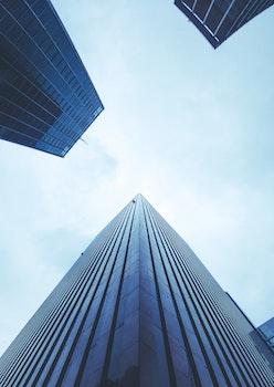 Kostenloses Stock Foto zu stadt, himmel, blau, gebäude
