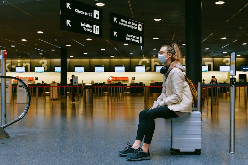 Asuransi perjalanan menjamin kerugian akibat keterlambatan jadwal perjalanan