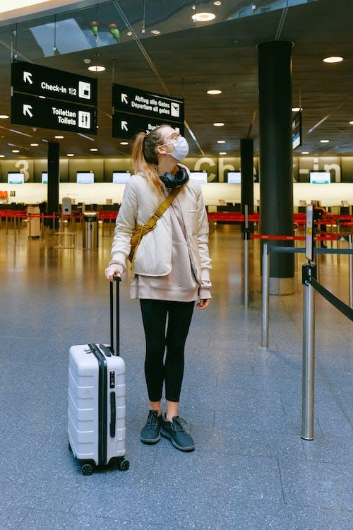 Gratis stockfoto met bagage, bescherming, coronavirus