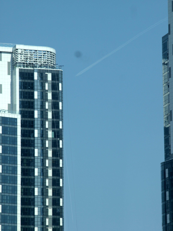 Gratis lagerfoto af blå himmel, bygning