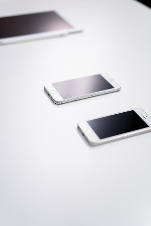 Fotobanka sbezplatnými fotkami na tému Apple, biela, digitálne tablety, digitálne zariadenie