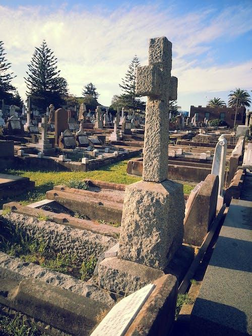 Безкоштовне стокове фото на тему «могили, хрест»