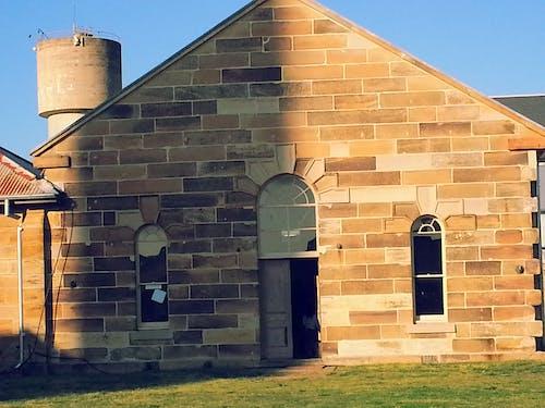 Безкоштовне стокове фото на тему «стара будівля, стара каплиця, стара церква, старий в'язниця»