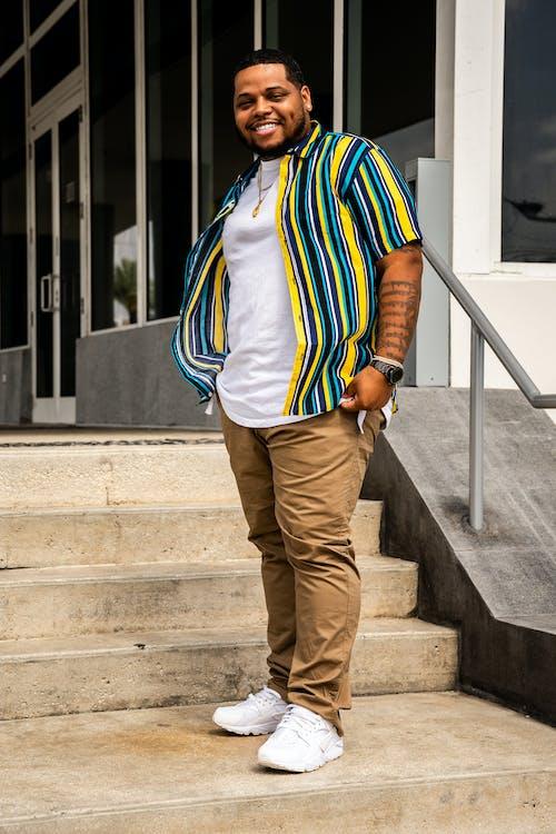 adam, afrikalı amerikalı adam, aşındırmak, aşınmak içeren Ücretsiz stok fotoğraf