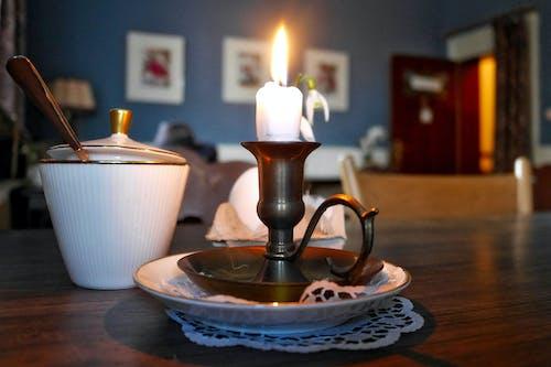 Fotobanka sbezplatnými fotkami na tému cukor, pohodlný, romantický, sviečka