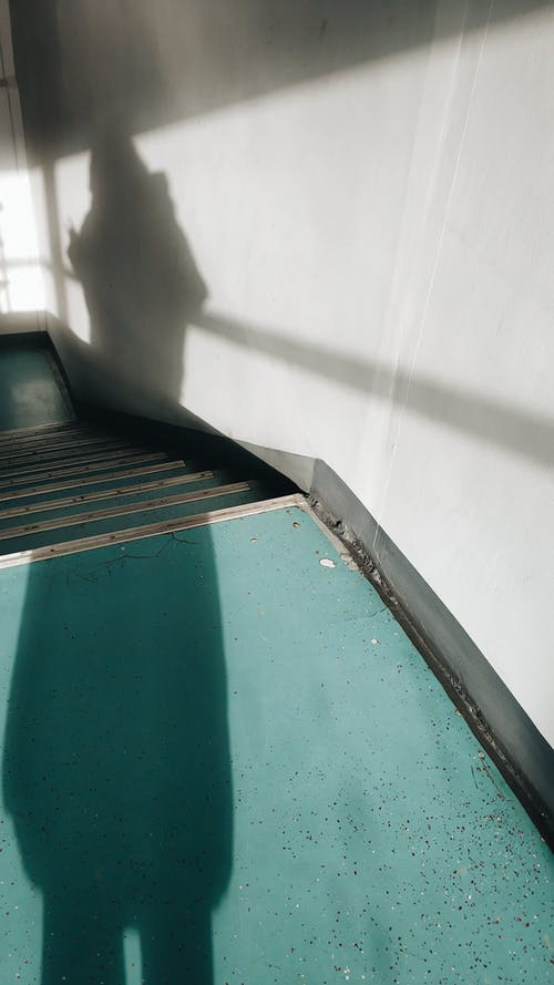 Foto profissional grátis de cerceta, degraus, escadas, leve