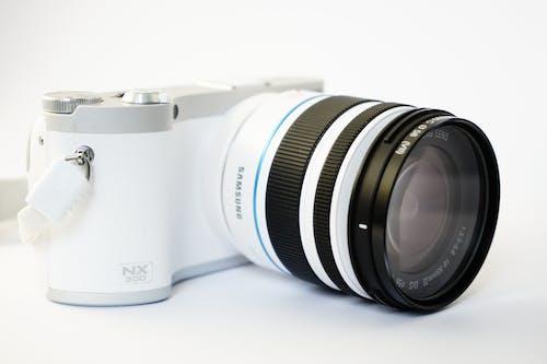 Základová fotografie zdarma na téma bílá, digicam, digitální fotoaparát, elegantní