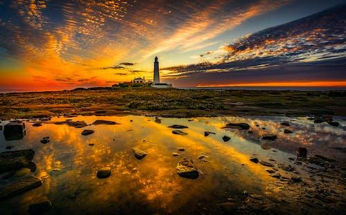 Kostenloses Stock Foto zu dämmerung, himmel, leuchtturm, meeresküste