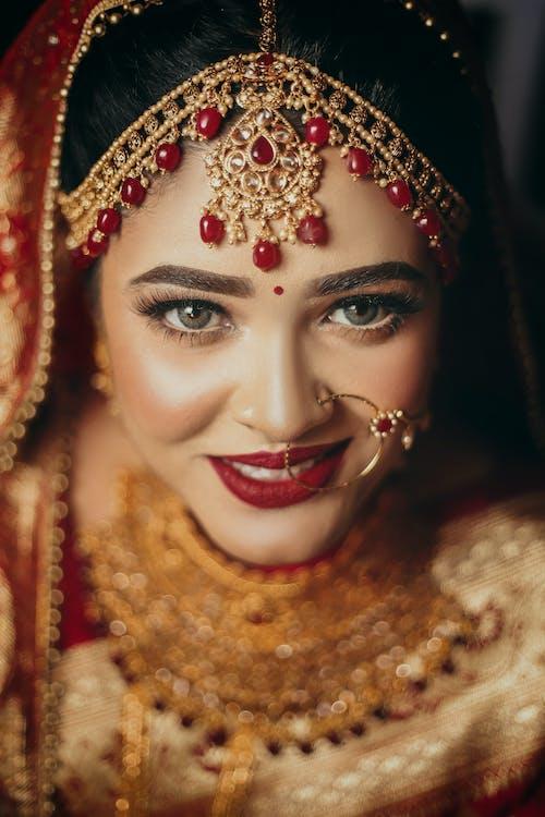 傳統, 光鮮亮麗, 女人, 漂亮 的 免费素材照片