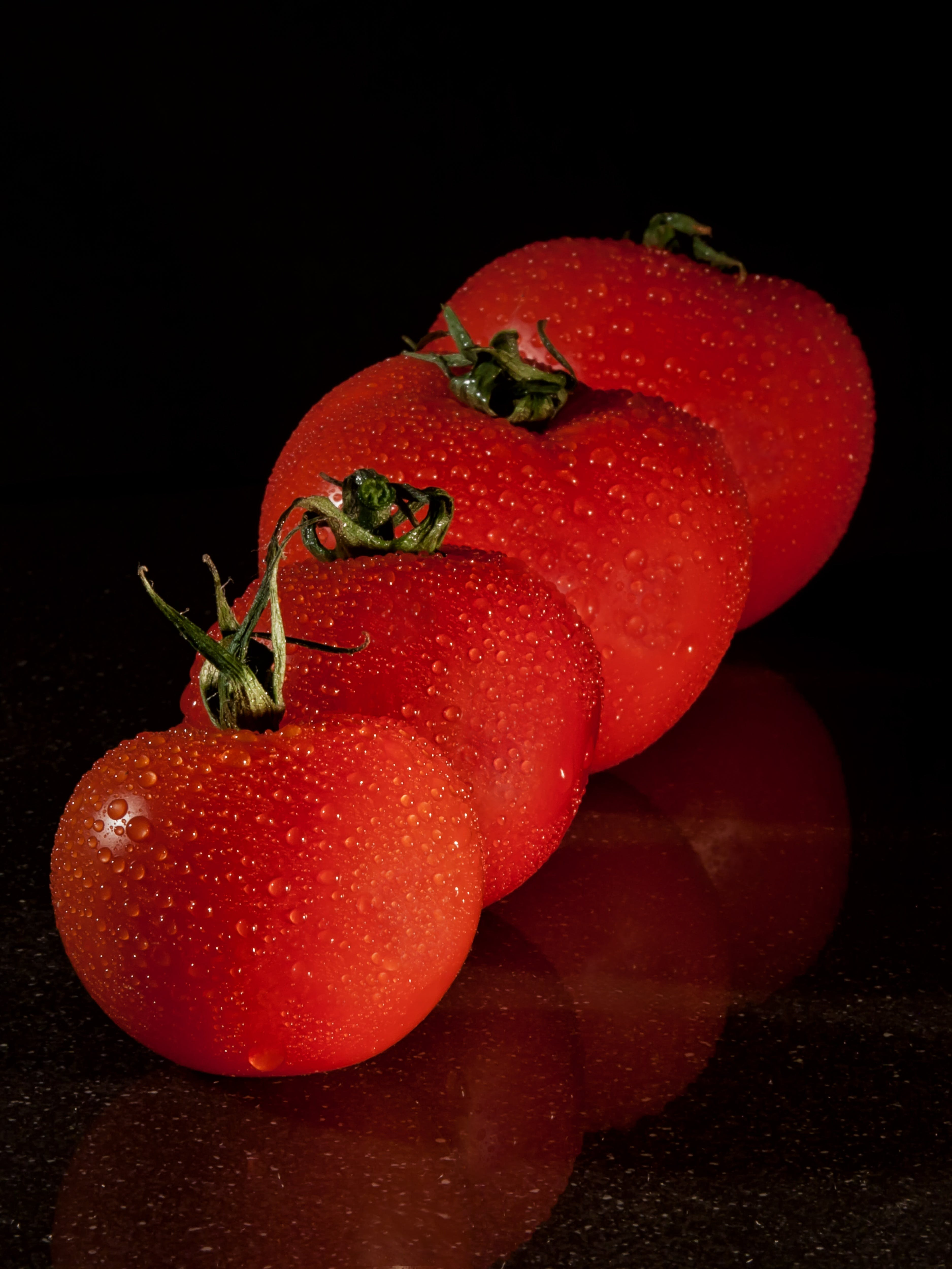 4 Red Tomato Filed Front Small to Large