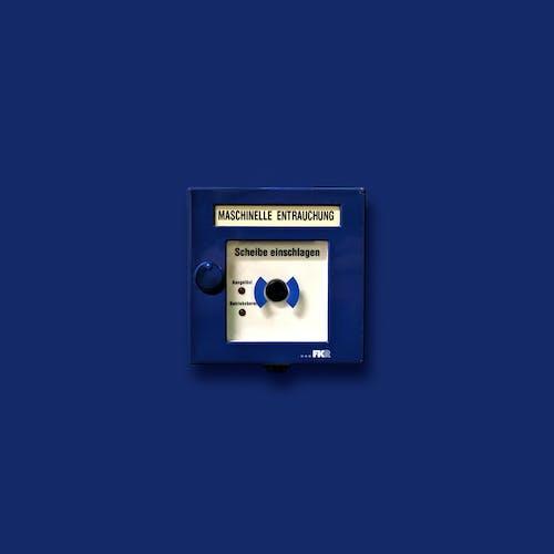 Blauer Alarm