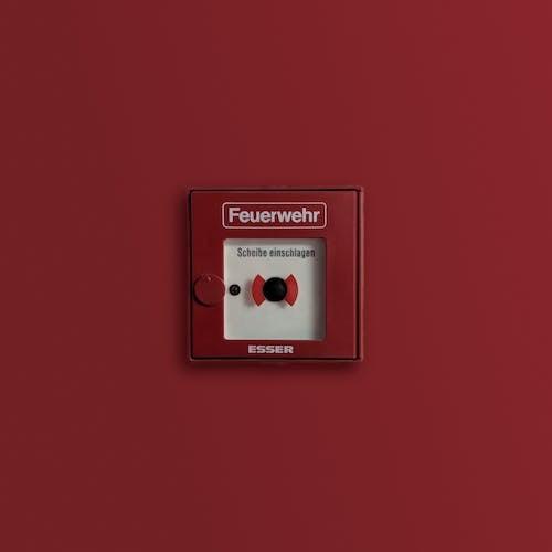Alarme De Incêndio Vermelho E Branco