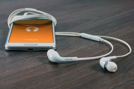 Free stock photo of smartphone, technology, music, app